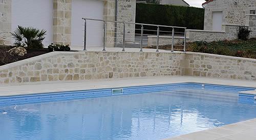 Pool landschaft mediterrane mauerverkleidung for Pool in steinoptik